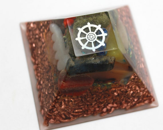 Noble Eightfold Path Buddhist Wheel Pyramid Orgone Power Hand Mined Epidote Gem Kyanite Quartz and Copper 2.6inch Crystal Clear Fire