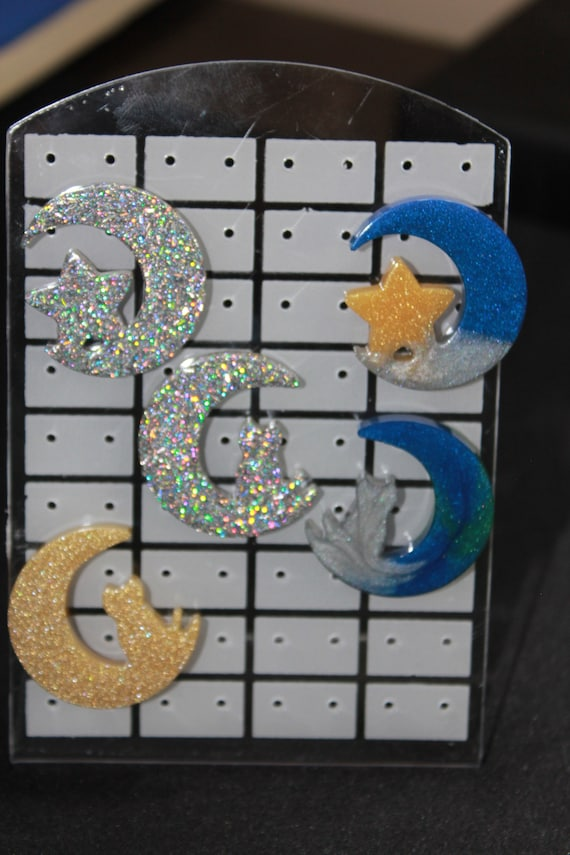 Wholesale Pinbacks - Moons and Stars and Cats - 5 Skull Pins - One Low Price!  1 inch pin - Resin Colorful Decorative Accessories!
