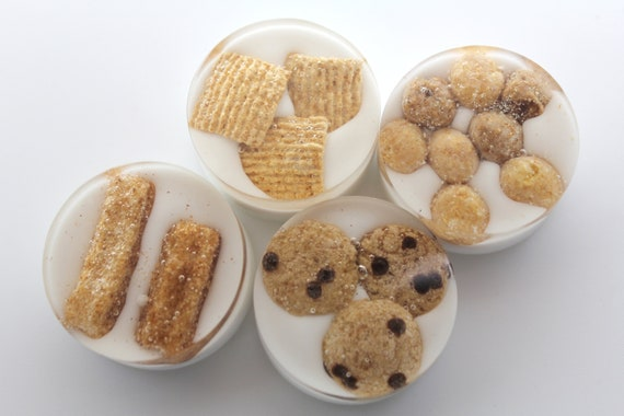 """4 Breakfast Cereal Magnets - Made from Real Food - Cookie Crisp, Golden Grams, Reese's' Puffs 1.5 inch rounds Fun with Food in """"Milk"""" Woah!"""