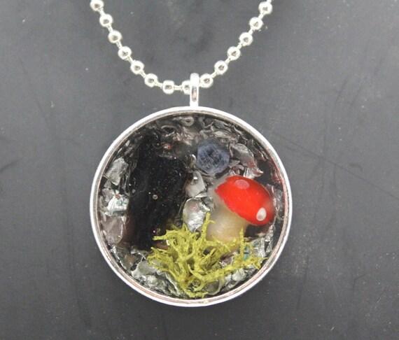 Garden Scene - Back to Nature EMF Blocking Necklace - Natural Moss - Impact Glass Tektite, Sapphire, Mushroom and Shredded Steel