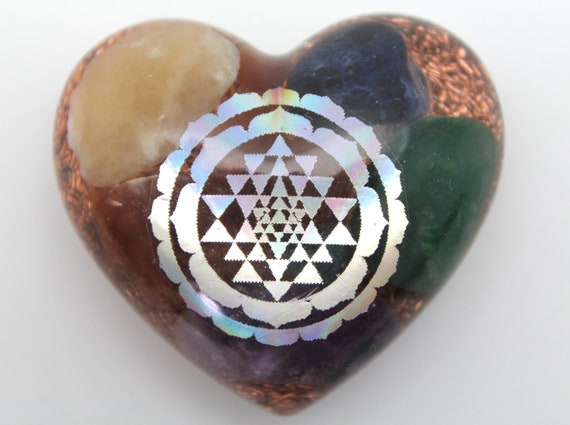 Ripple Border Sri Yantra of Orgone Power - Minerals Inside! - Cute 2 inch Heart - Bring forth the Goddess! - the beauty of the three worlds