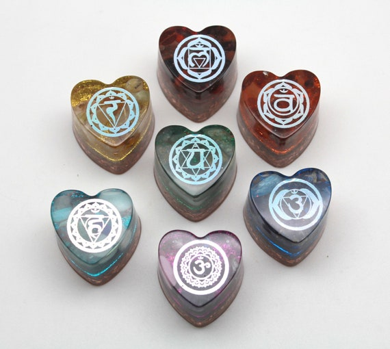 Handcrafted Chakra Orgone Collector Heart Set - Natural Minerals and Recycled Copper - 7 Color Rainbow Crystal Set for Energy Working