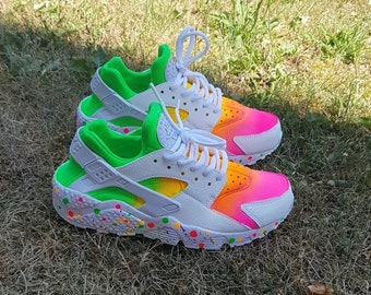 best cheap fe9dc d557a Custom Nike Huaraches