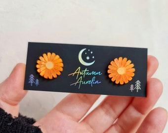 Cute Flower Daisy Acrylic Studs