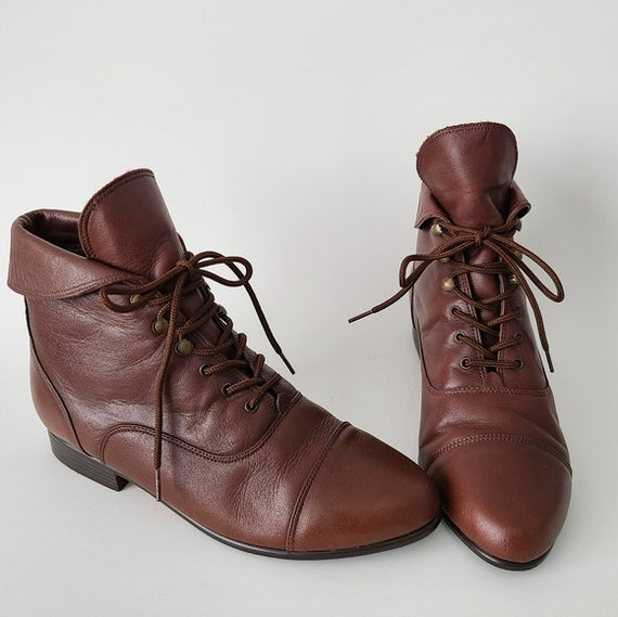 Vintage 90s Chestnut Leather Granny Ankle Boots Si