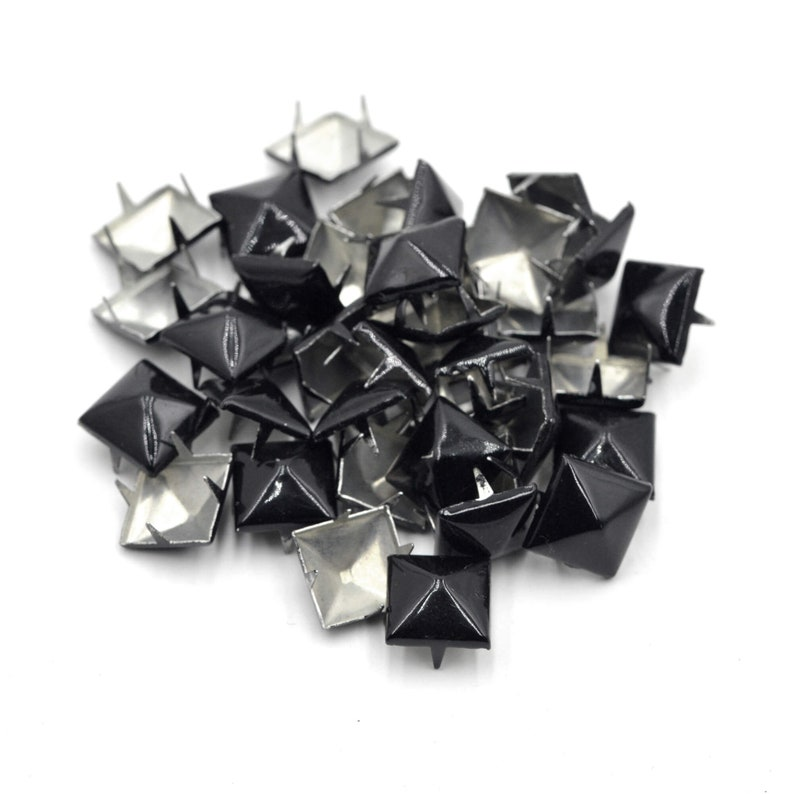 100pcs Pyramid Square Claw Nails Studs Decorative Nailheads for Leather Clothes Shoes Bag Crafts 8mm 10mm 12mm Craft Supplies DIY