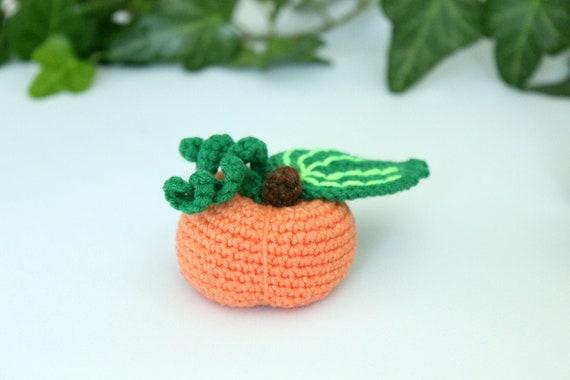 Crochet pumpkin toy halloween, Stuffed amigurumi toy halloween decoration, Easy Halloween pattern