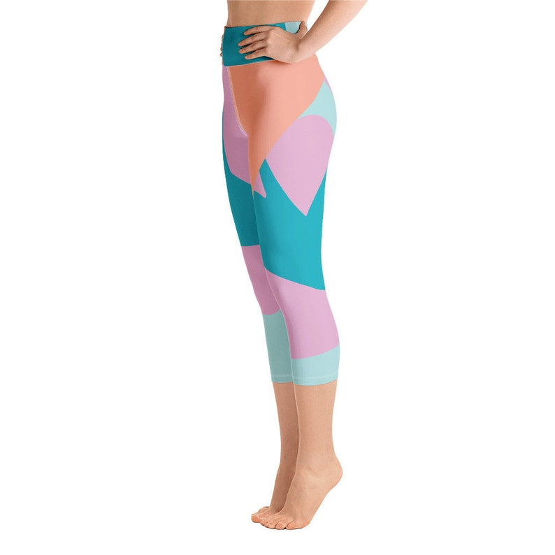 Capri length Printed yoga leggings High waisted Pastel mint design