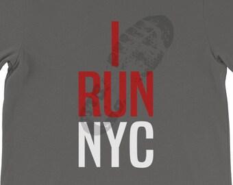 b07e82057 I RUN NYC Unisex T-Shirt, marathon runner, jogger, jogging, fun run,  training shoe