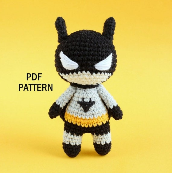 Musings of an Average Mom: Free Superhero Crochet Patterns | 574x570