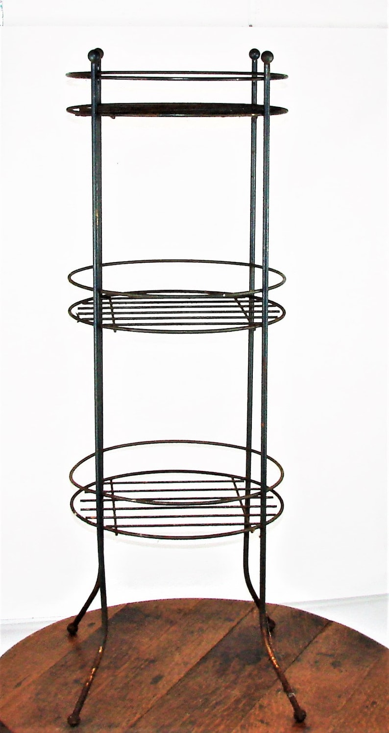 Old Metal Plant StandFarm Find Heavy WIre StandGreat PatinaSolid Strong Rustic DecorFree Shipping