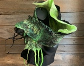 Green felted scarf, wrap wool scarf women, natural wool scarf, mini felt scarf, black and green scarf, felt stole, silk scarf, art to wear