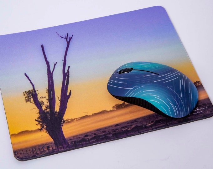 Old Tree at Sunrise. Mouse pad