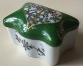 A Superb Vintage Porcelain Limoges Paint-Main Pill Box, Stamped and Signed on Base