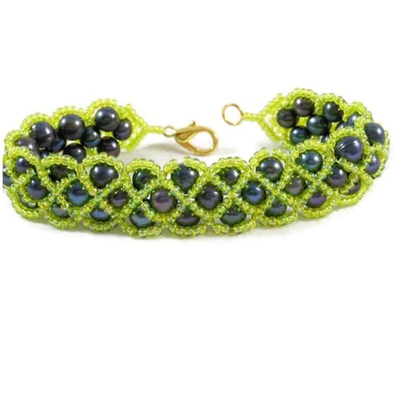 Seed Bead Jewelry Peacock Potato Pearls Bracelet for Women image 0