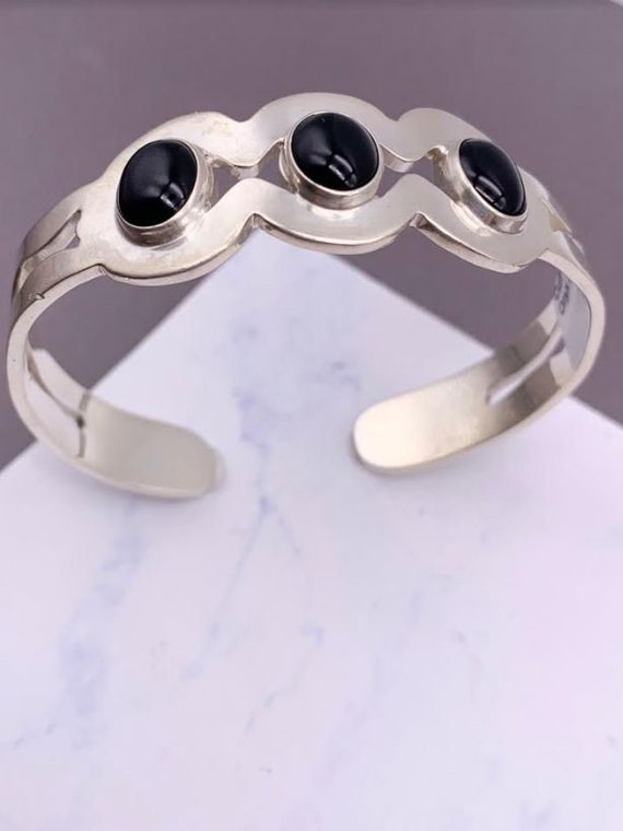 Vintage Sterling Silver Taxco Yin Yang Hinged Cuff Bracelet with Onyx