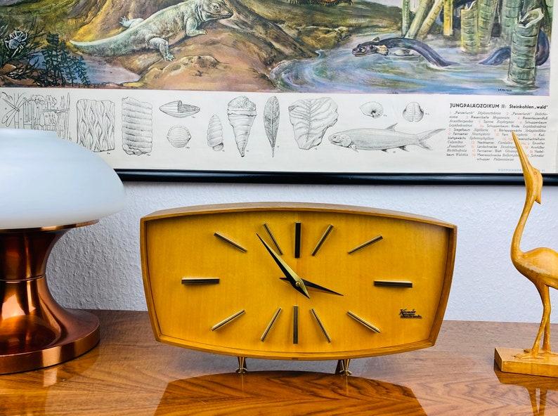 Superbe Unique - Horloge de table des années 1960 - Mid Century Fireplace Watch - Kieninger Kundo Design