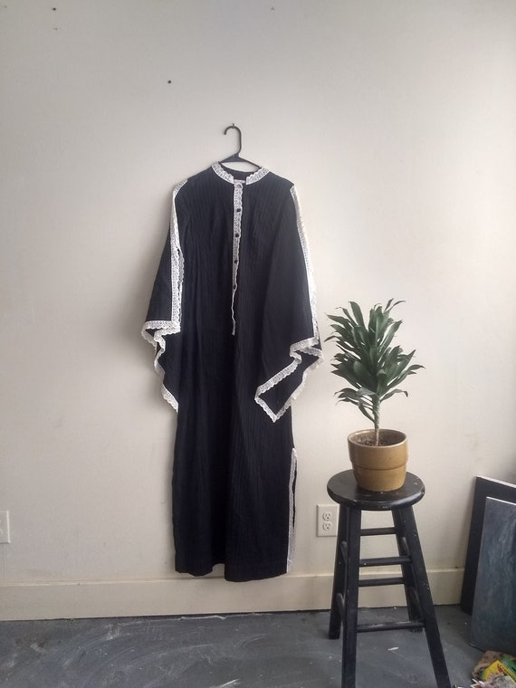1970s Witchy Peasant Dress