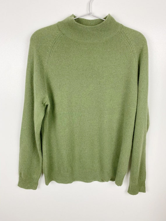 Vintage Green Cashmere Long Sleeve Sweater