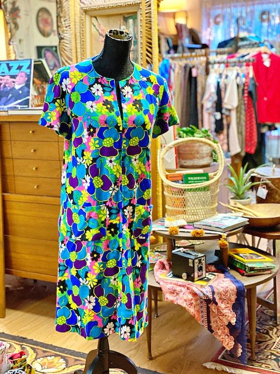 1960s Handmade Flower Power House Dress