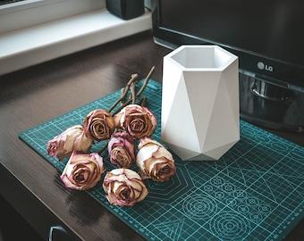 Papercraft Paper Vase SVG planter low poly Template 3D flowerpot DIY craft Pepakura PDF 3D Pattern origami sculpture model decor flower