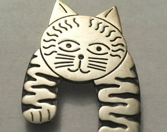 Vintage 925 Sterling Silver Cat Brooch Pin
