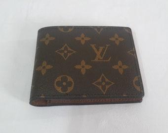 2051074e2dd4 LOUIS VUITTON men wallet