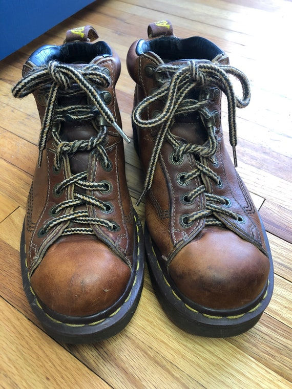 Vintage Dr. Martens AirWair 8287 Lace Up Leather B