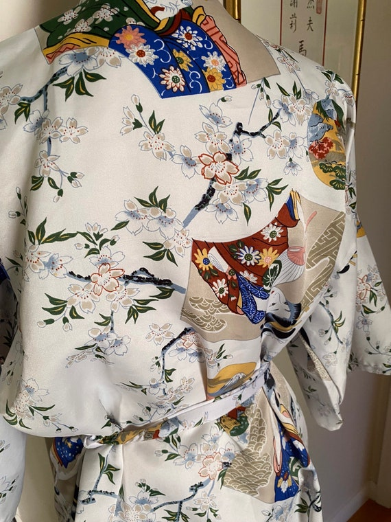 Lady Diana white with colorful Asian motif short … - image 8