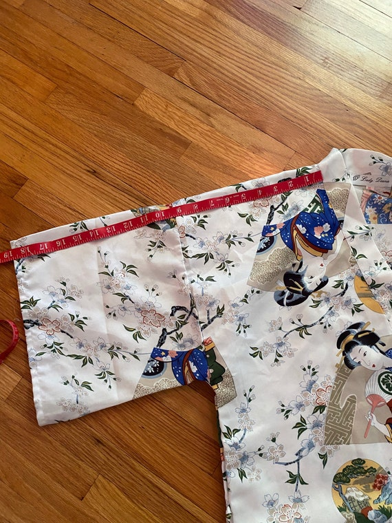 Lady Diana white with colorful Asian motif short … - image 7