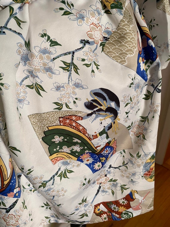 Lady Diana white with colorful Asian motif short … - image 9