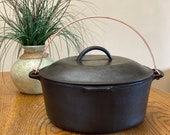 Vintage Wagner Ware Sidney-O- Cast Iron 1268 E Dutch Oven Stock Pot Stew Pot With Bail Handle and Lid.