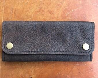 bd41cbe68df46 Tabaktasche aus Leder • Antik-Look • mit Druckknöpfen • Handgemachtes Unikat