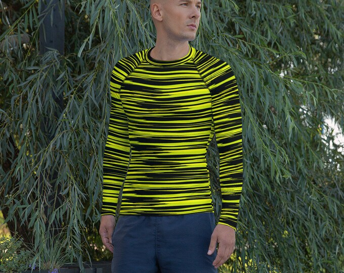 RASH GUARD MENS Camouflage Striped Men's Rash Guard Shirt Surfing Apparel Surf Clothing Skateboarding Workout Clothing Gym Shirt Long Sleeve