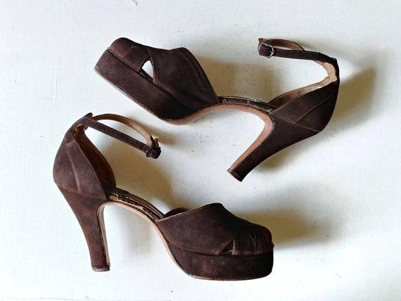 1940s Chocolate Brown Suede Peeptoe Platforms