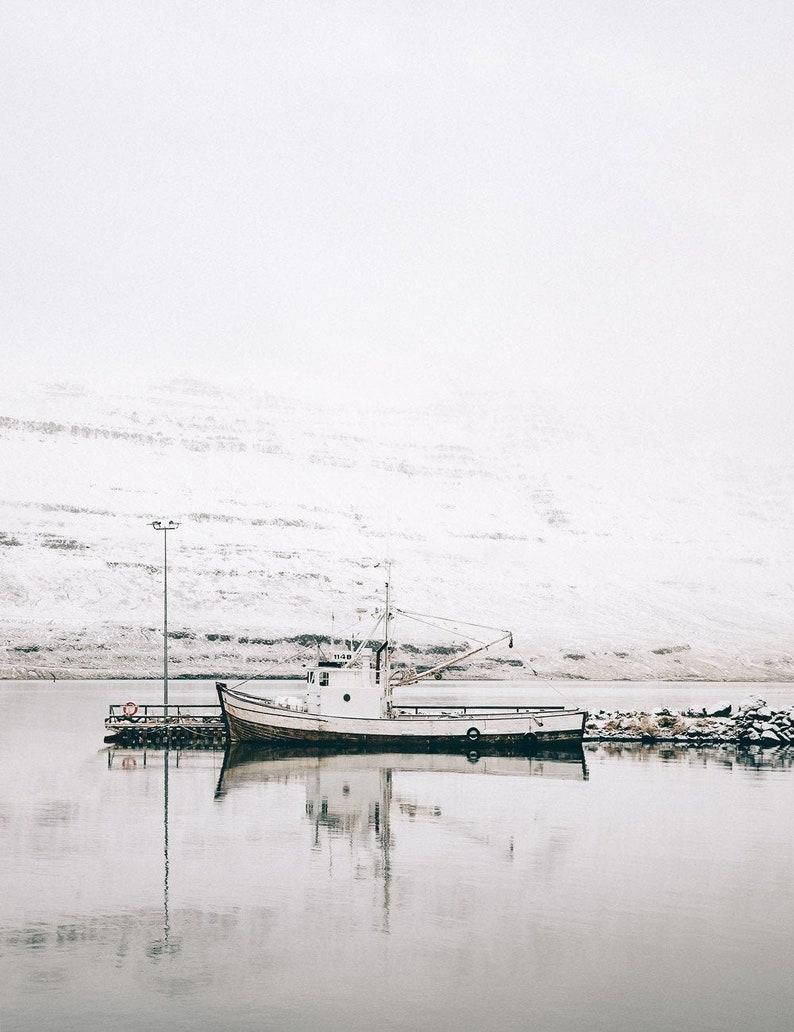 Nordic Minimalist Nautical Marine Winter Wall Decor Old image 0