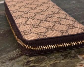 031dcfb1b723 Brown gucci wallet