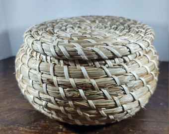 Pine needle Round basket with lid beads and metal accents