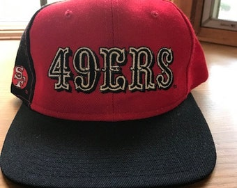 1dc2d25d46d Vtg 90 s San Francisco 49ers Snapback Hat Script Sports Speciaties Proline  Authentic Green brim.