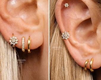 18G Flower Cartilage Gold Hoop Earrings • tragus earrings • tiny hoop earrings • rose gold cartilage hoop• helix hoop • small hoops