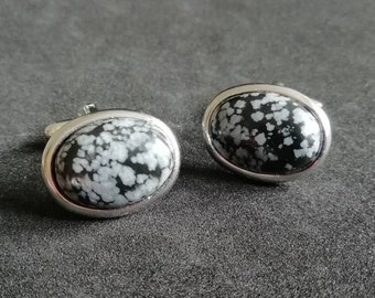 color choice customizable embroidered with obsidian black thread Pair of cufflinks