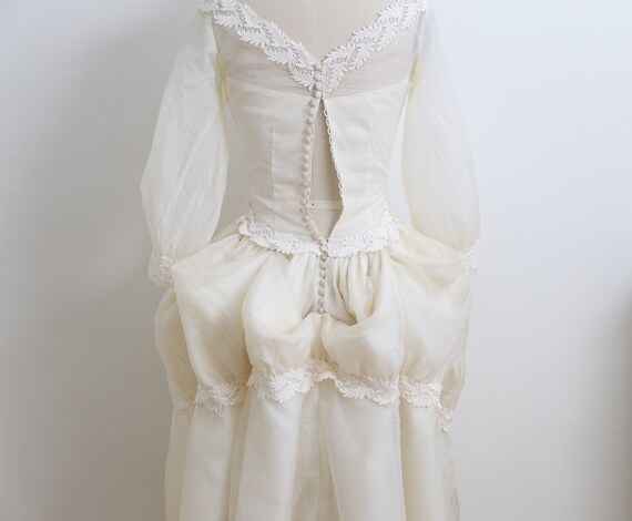 VINTAGE 1950's Wedding Gown and veil, Ivory long … - image 2