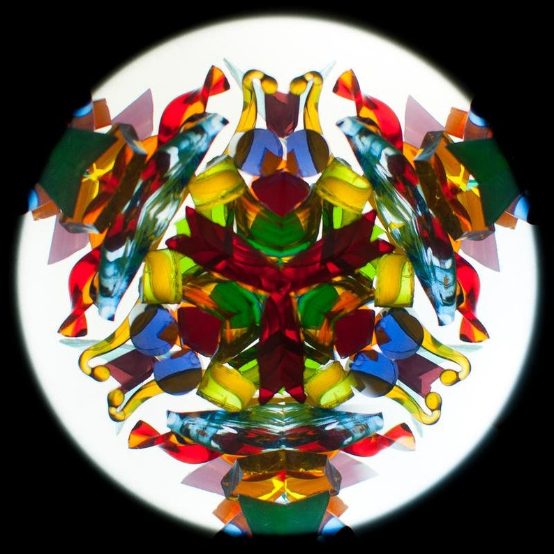 Kaleidoscope Inspiration is a bright and memorable present