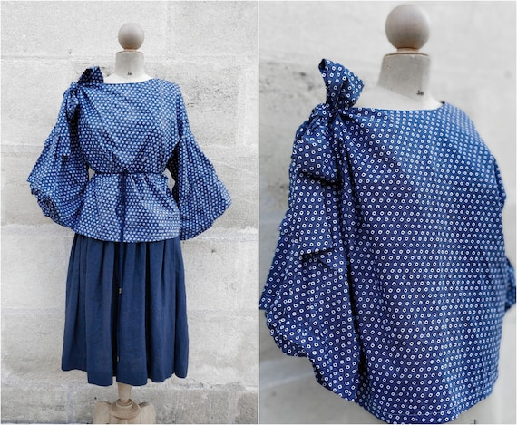 Top puffed sleeves / blue blouse (size 42)