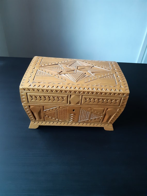 Large Vintage wooden box, jewelry box