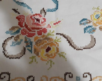 Rose Cross Stitch Placemats, Vintage Pink and Yellow  Rose Emroiderey Napkins,