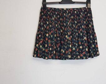 2a677481b41e 90s clothing