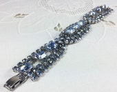 Stunning 1950s ice blue rhinestone bracelet in excellent condition