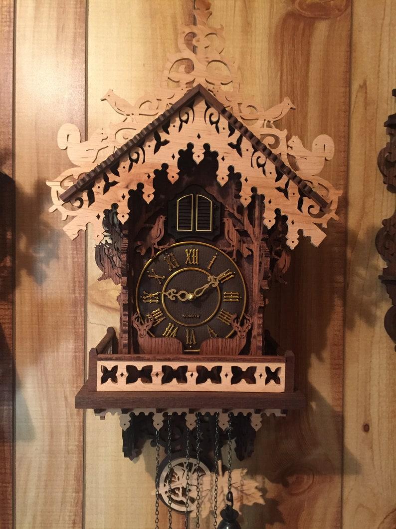 l'horloge de coucou Woodland