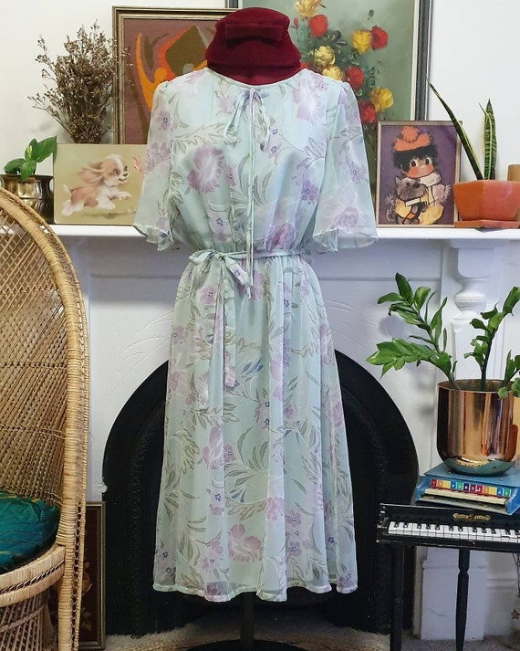 Gorgeous 70s butterfly sleeve dress